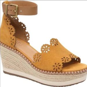 Crown Vintage Daffodil Espadrille Wedge COW SUEDE
